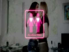 Girls Kissing Girls 11