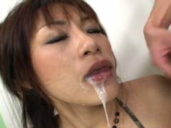 Hot Asian babe double give head