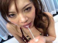 Sexy Japanese slut gets pokeed by 2 horny men